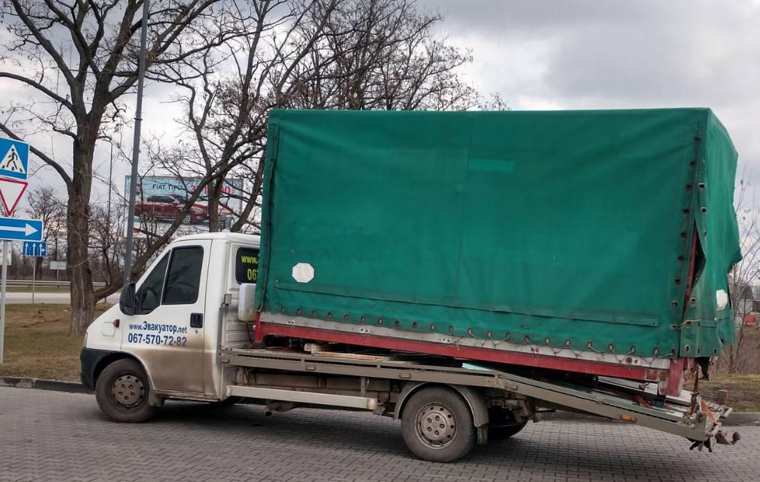 Перевозка на эвакуаторе будки от Газели